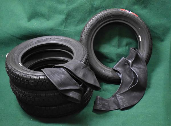 Satz Reifen 135-80-15 Topolino mit Schläuchen