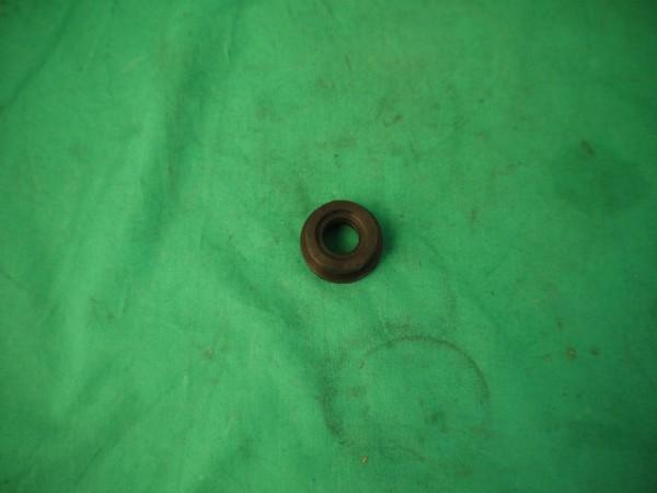 Gummistopfen im Hauptbremszylinder