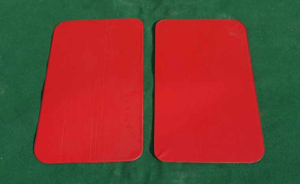 Satz Türverkleidungen Kunststoff rot R